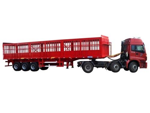 红色仓栅运输半挂车