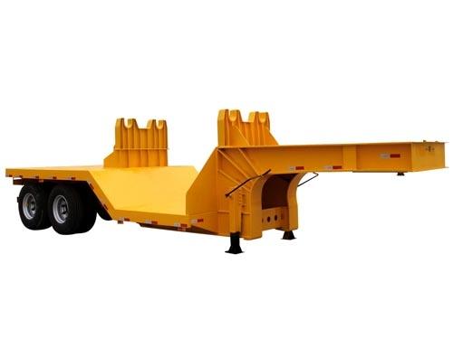 黄色低平板半挂车